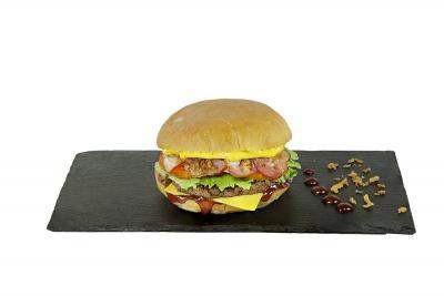 "Чизбургер ""Большой бекон"""